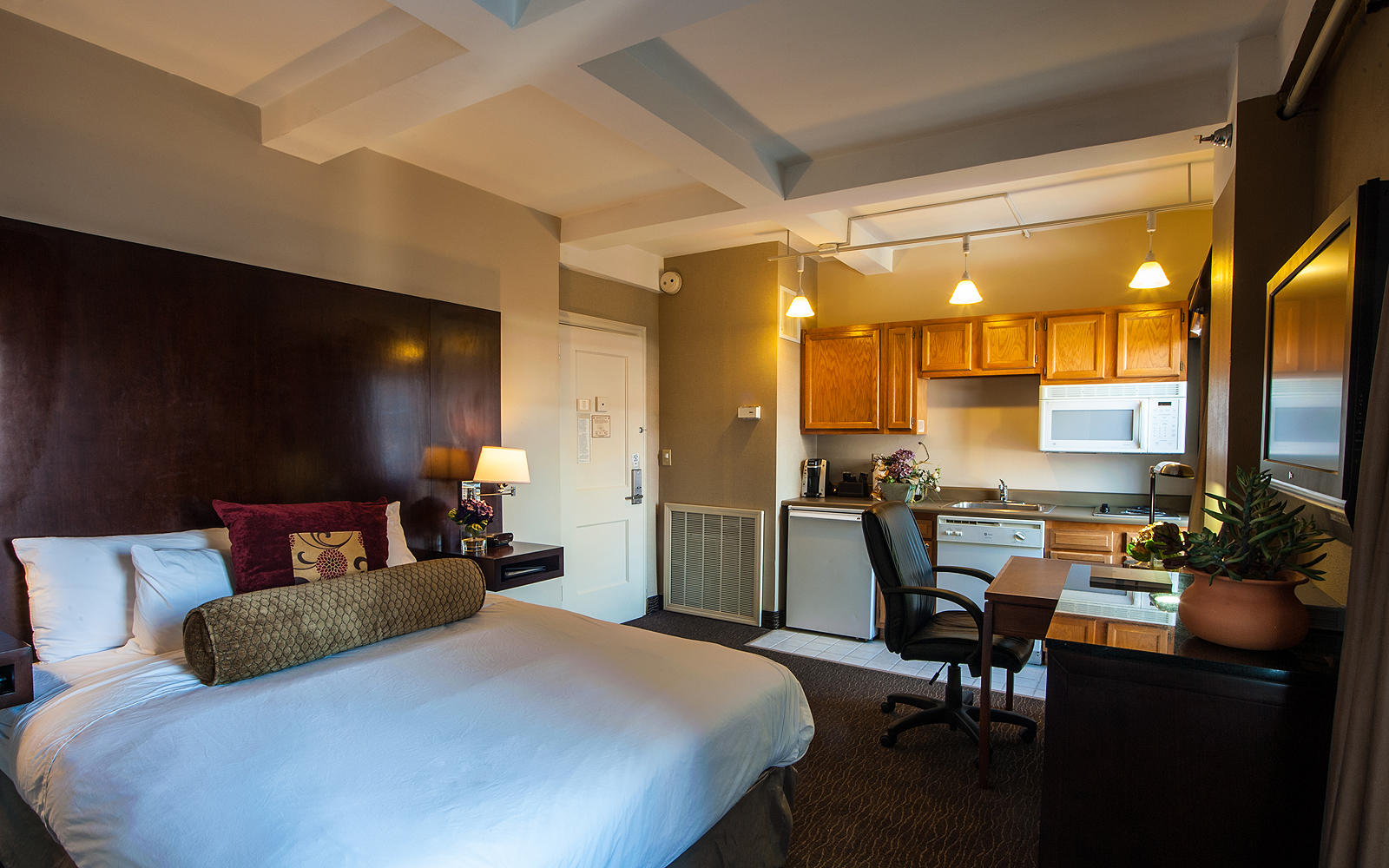 Jefferson Clinton Hotel Reviews