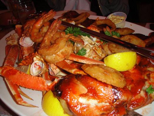 Sammy 39 s fish box restaurant in bronx ny 10464 for Sammy s fish box