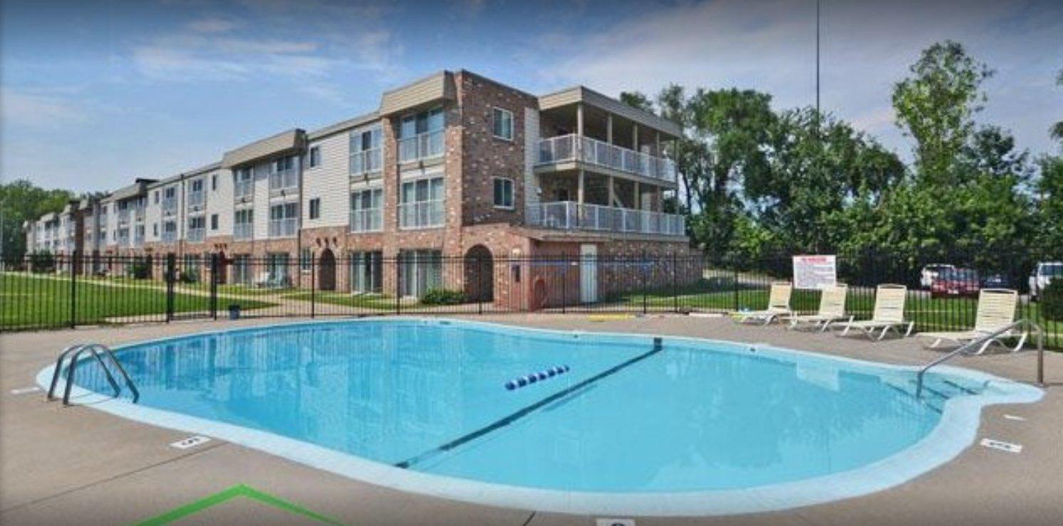 Tyler 39 S Pool Home Care Omaha Nebraska Ne