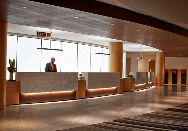 how to get from atlanta airport to atlanta marriott marquis