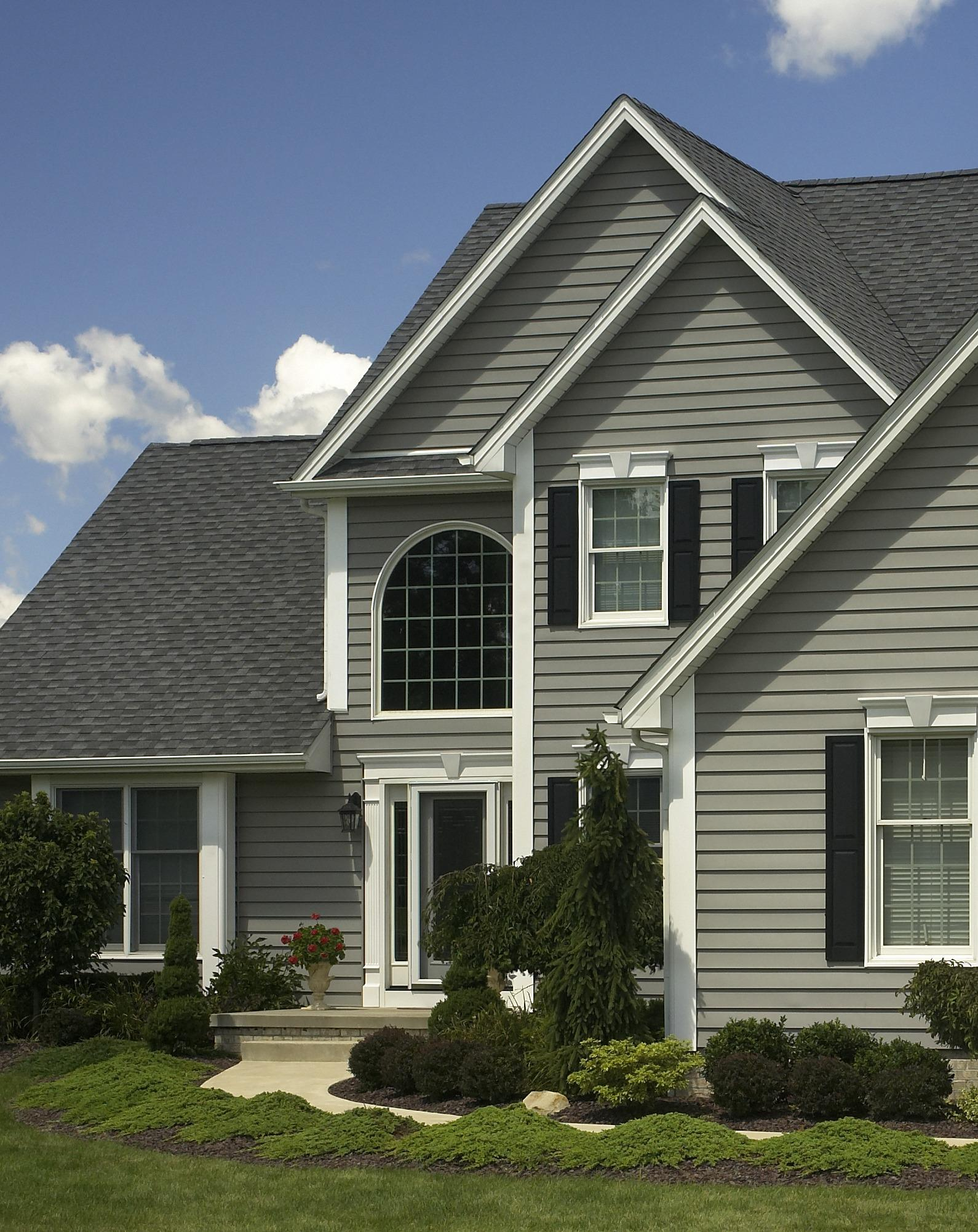 Universal windows direct of indianapolis indianapolis indiana in for Exterior home improvement indianapolis