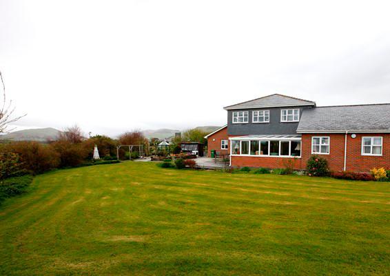 Abbeyfield Tywyn