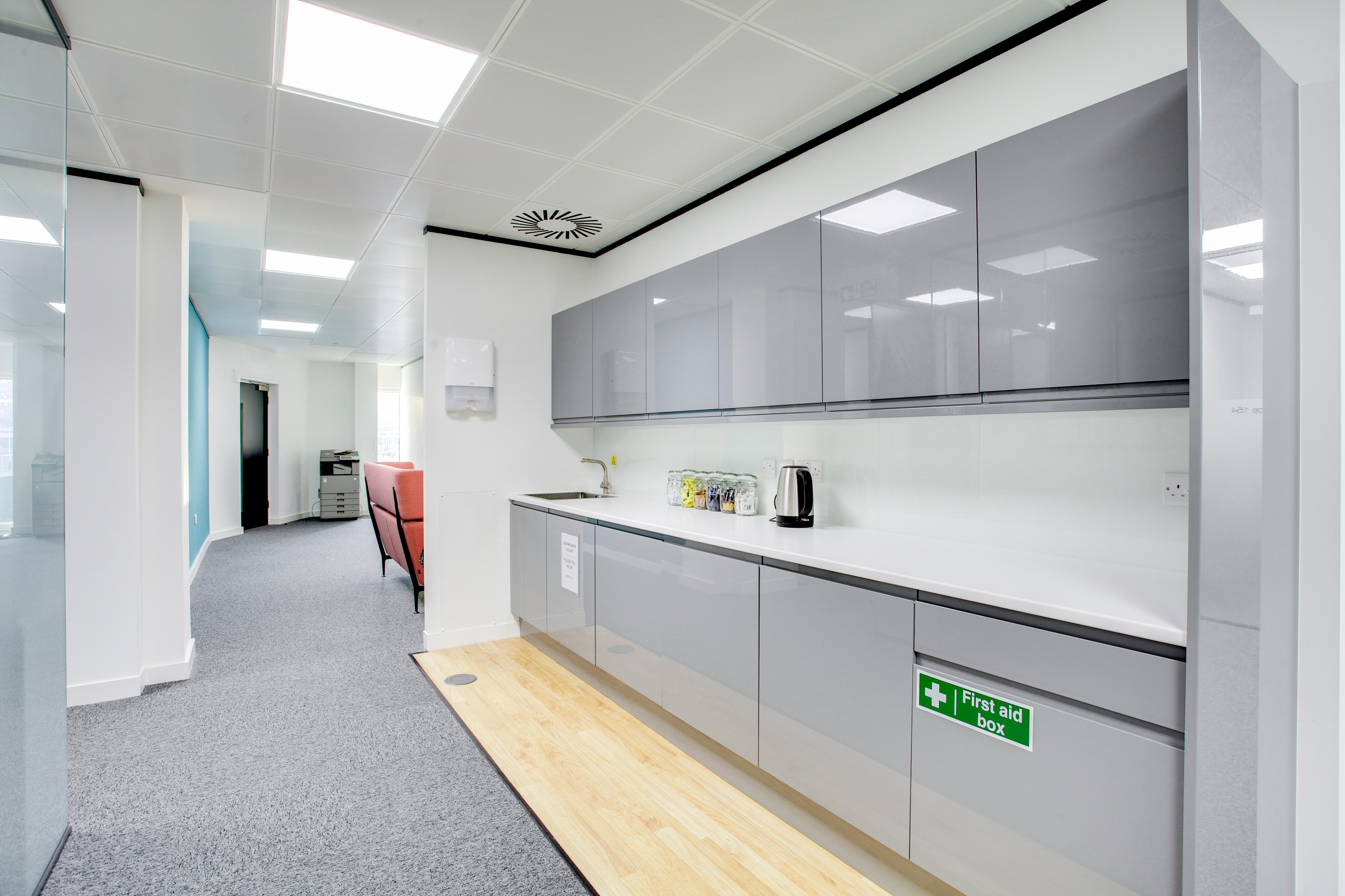 Spaces - Guildford, Station View Guildford 08000 608703