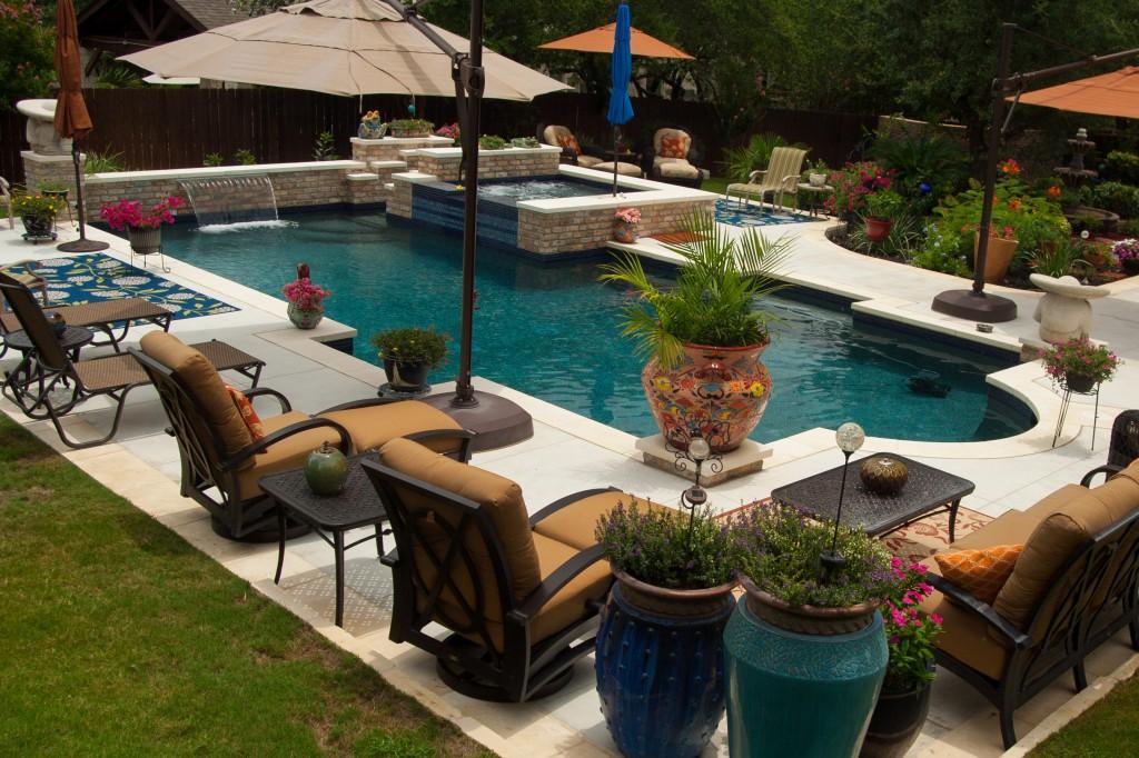 Cody Pools San Antonio North 19422 Us 281 101 Tx Swimming Dealers Mapquest