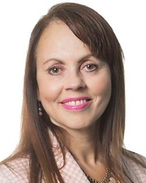 Yvonne L Simon