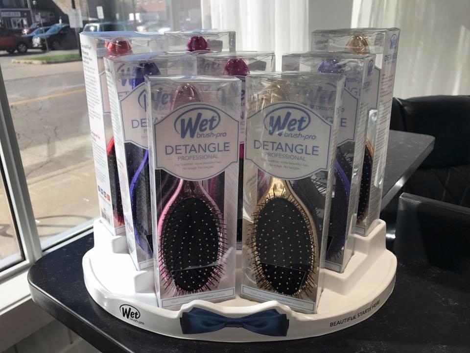 Wispers Hair & Day Spa in Cambridge: Wet Detangle Hair Brushes