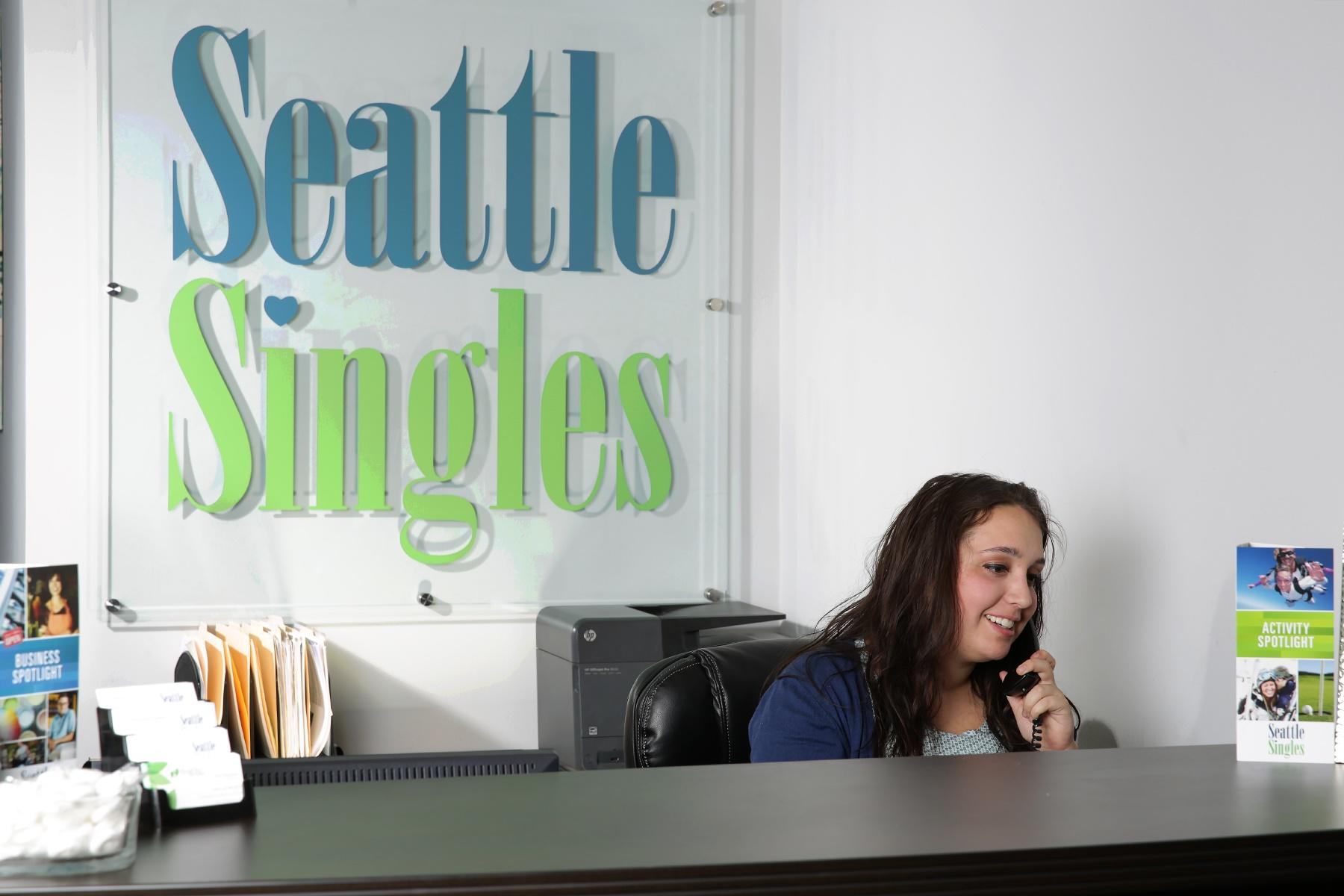 Singles groups in Bellevue