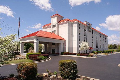 Holiday Inn Express & Suites Pigeon Forge/Near Dollywood - ad image