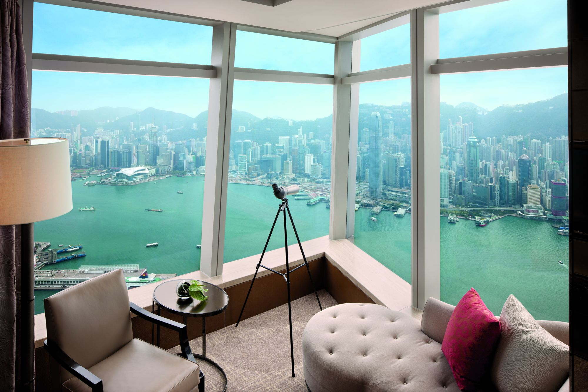 Ritz-carlton hong kong.
