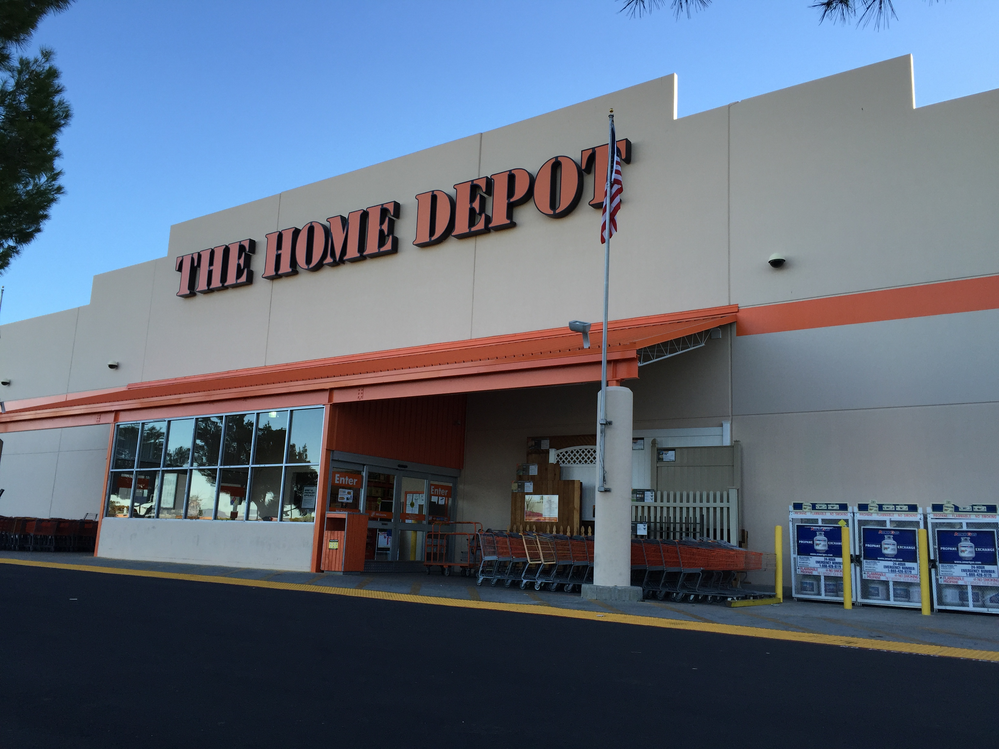 The home depot in lancaster ca hardware stores yellow for Shop home depot