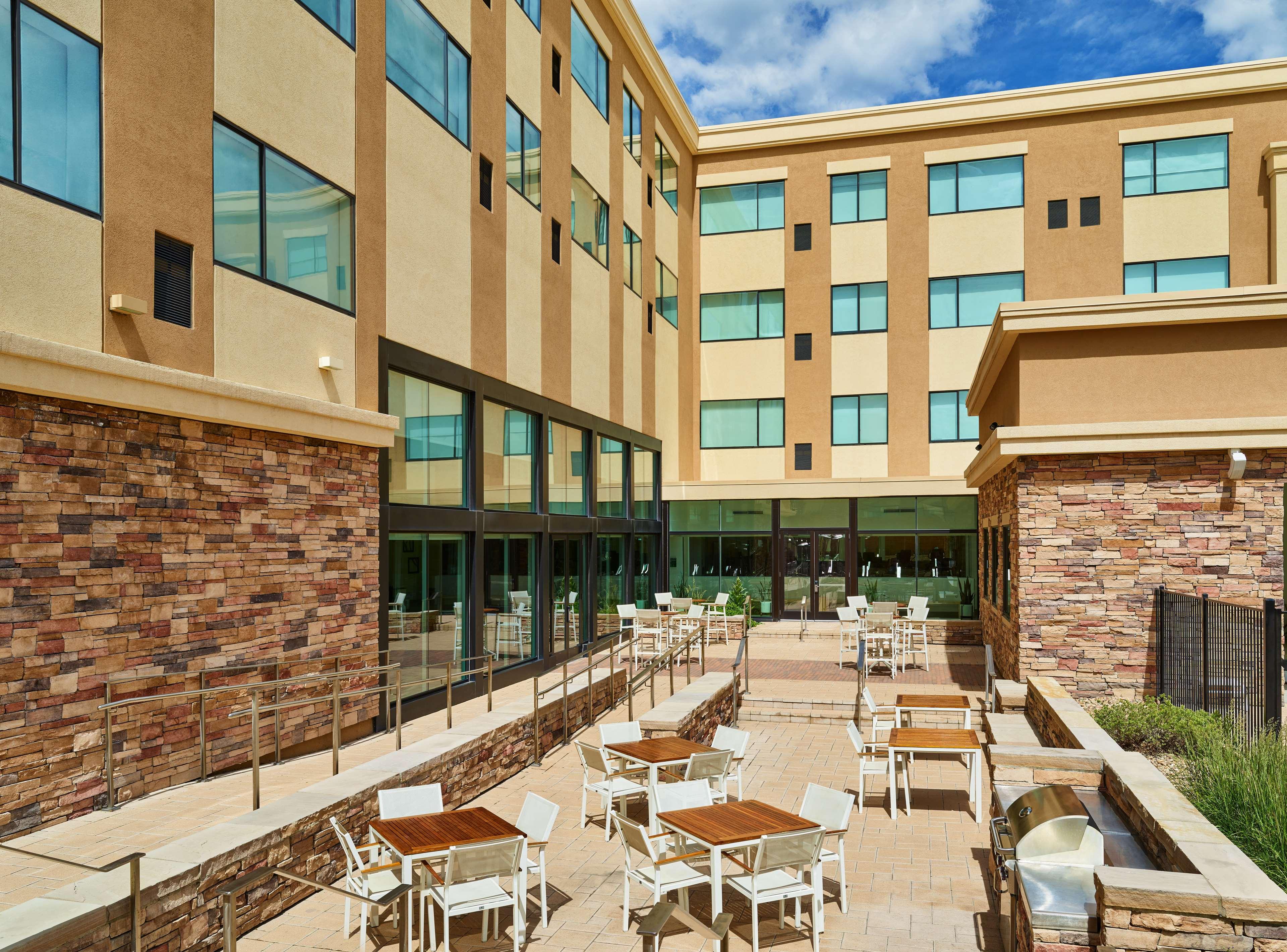 Motels Near Lone Tree Colorado