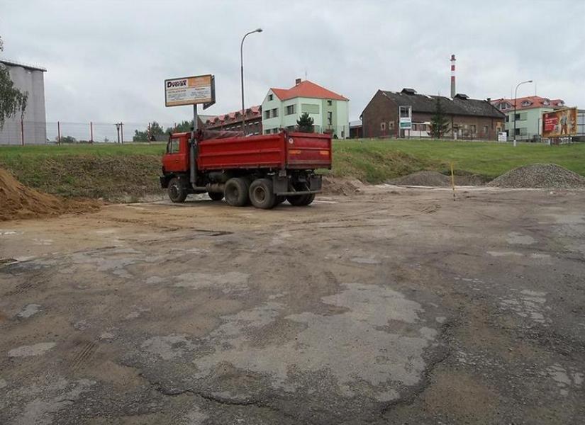 Obchod s palivy a písky, s.r.o.
