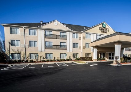 Quality Suites Pineville Charlotte In Pineville Nc