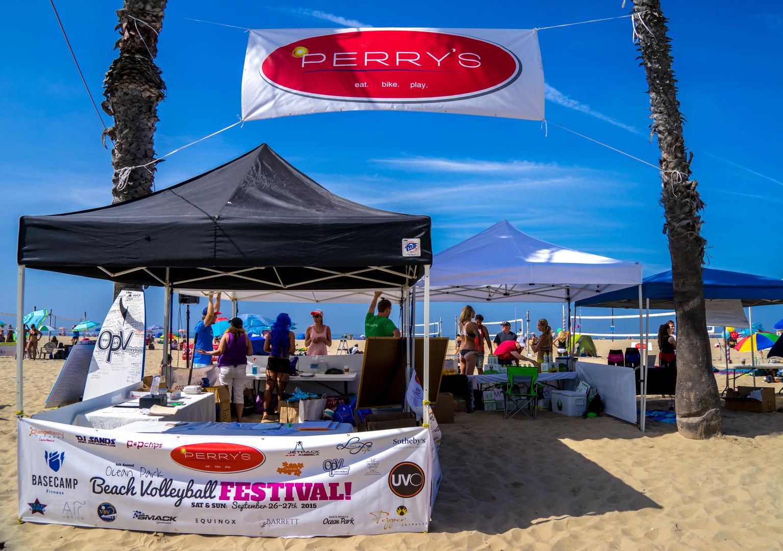 Perry S Cafe And Beach Rentals Santa Monica Ca