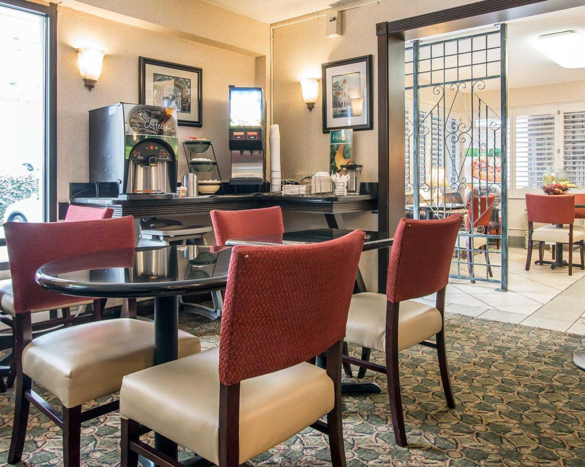 Pet Friendly Hotels Savannah Georgia Historic District