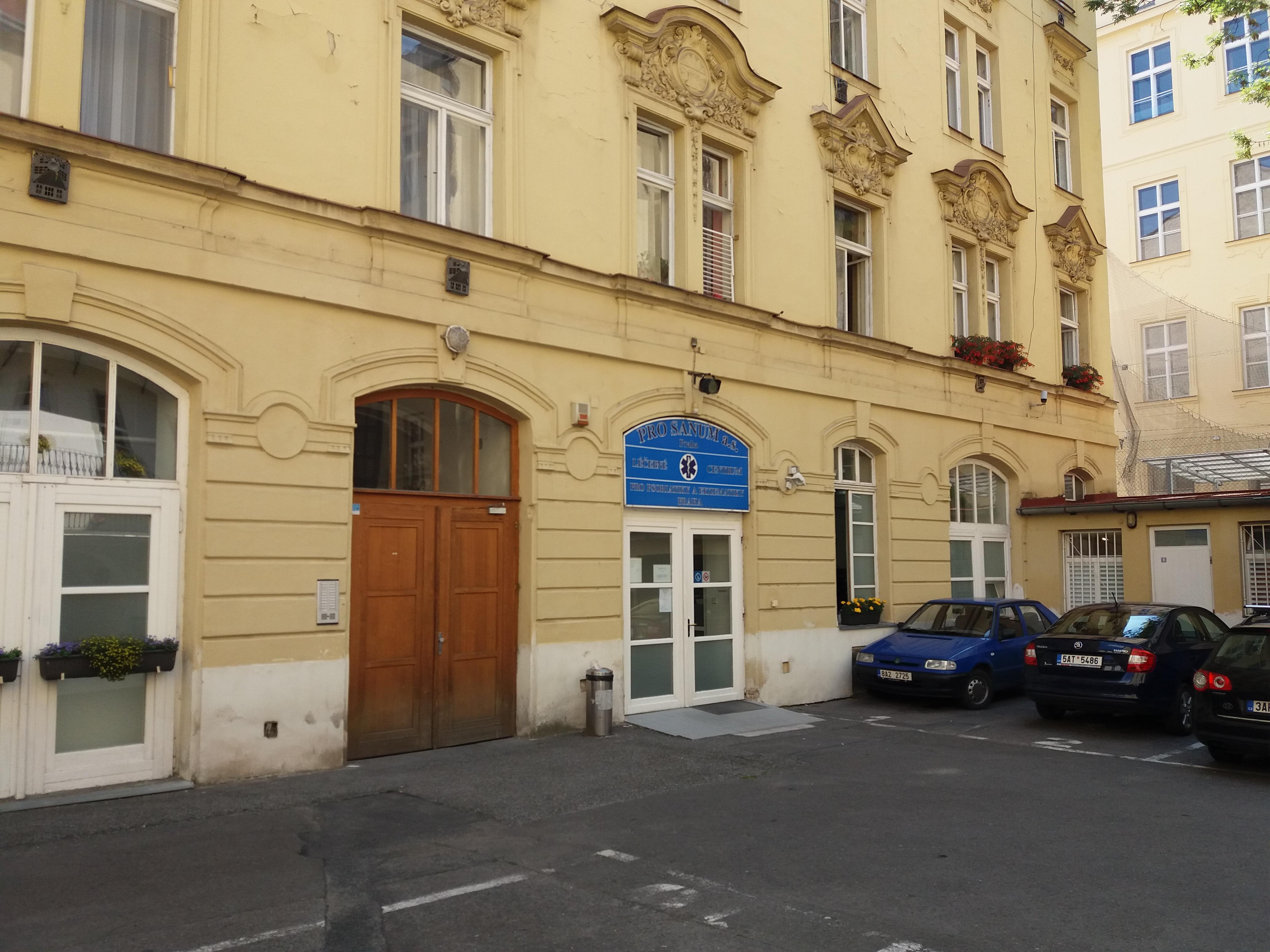 PRO SANUM a.s., Praha