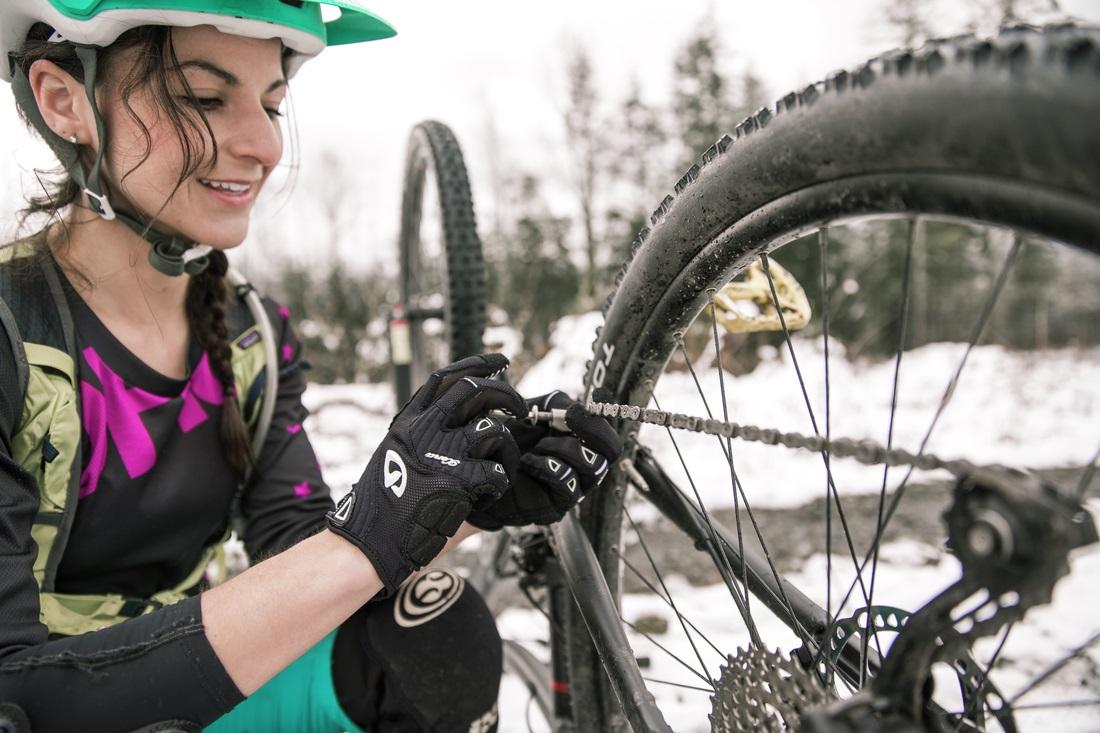 Women's Trailside Bike Repair Workshop