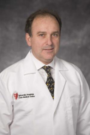 Mauricio Arruda, MD