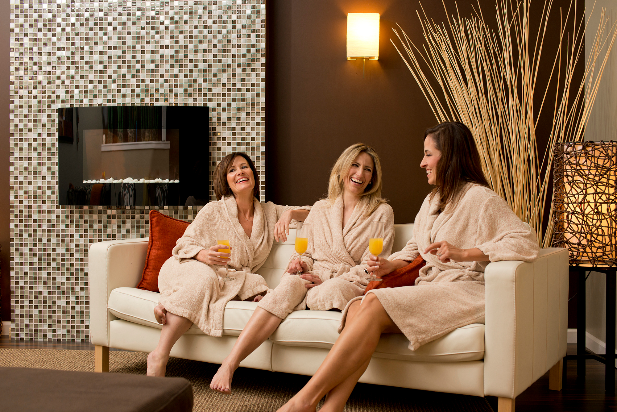 Luxe salon spa in lancaster pa 17603 for 717 salon lancaster pa
