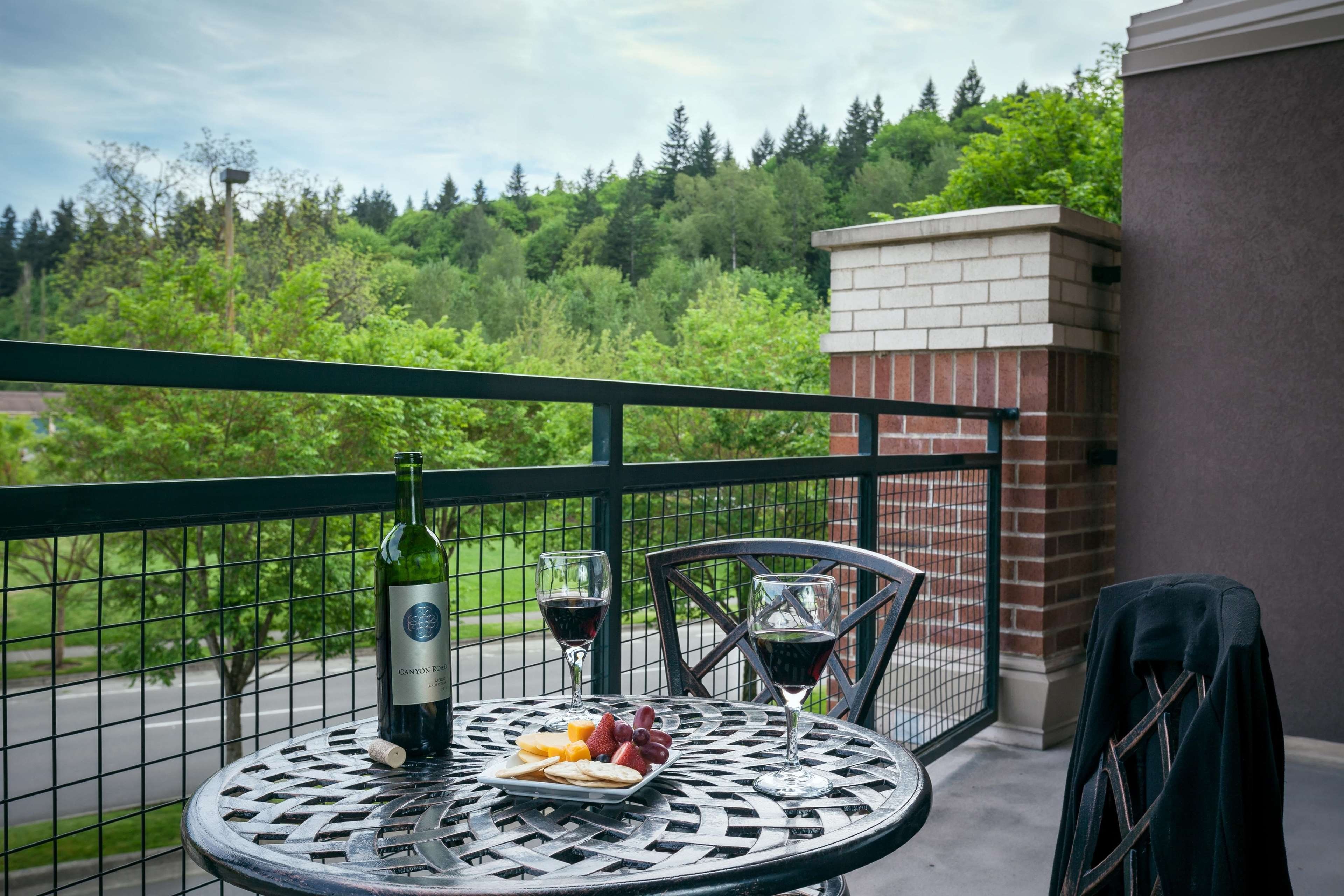 Hilton Garden Inn Seattle Issaquah Coupons Issaquah Wa Near Me 8coupons