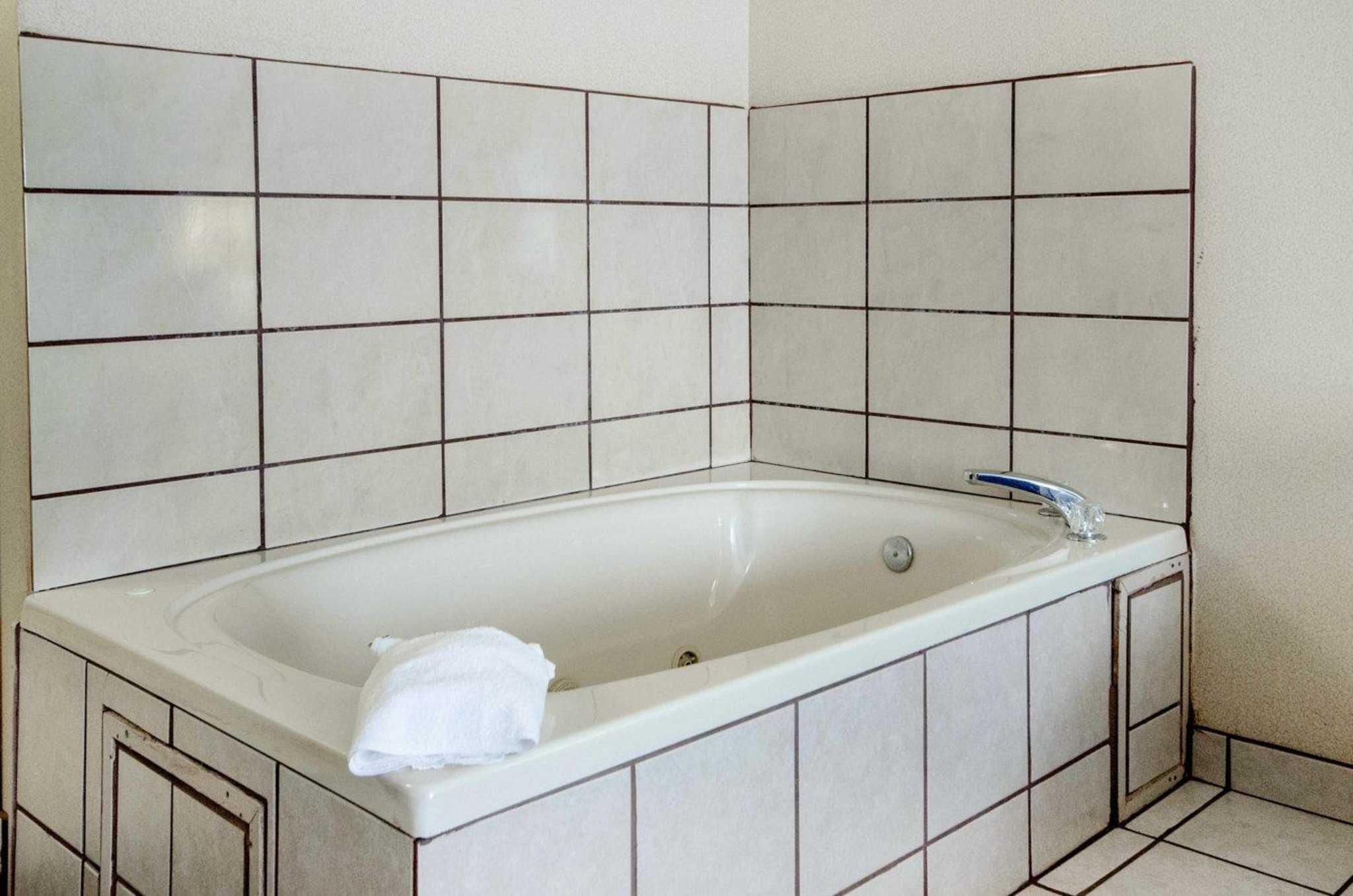 Comfort Inn Amp Suites Coupons La Grange Ky Near Me 8coupons