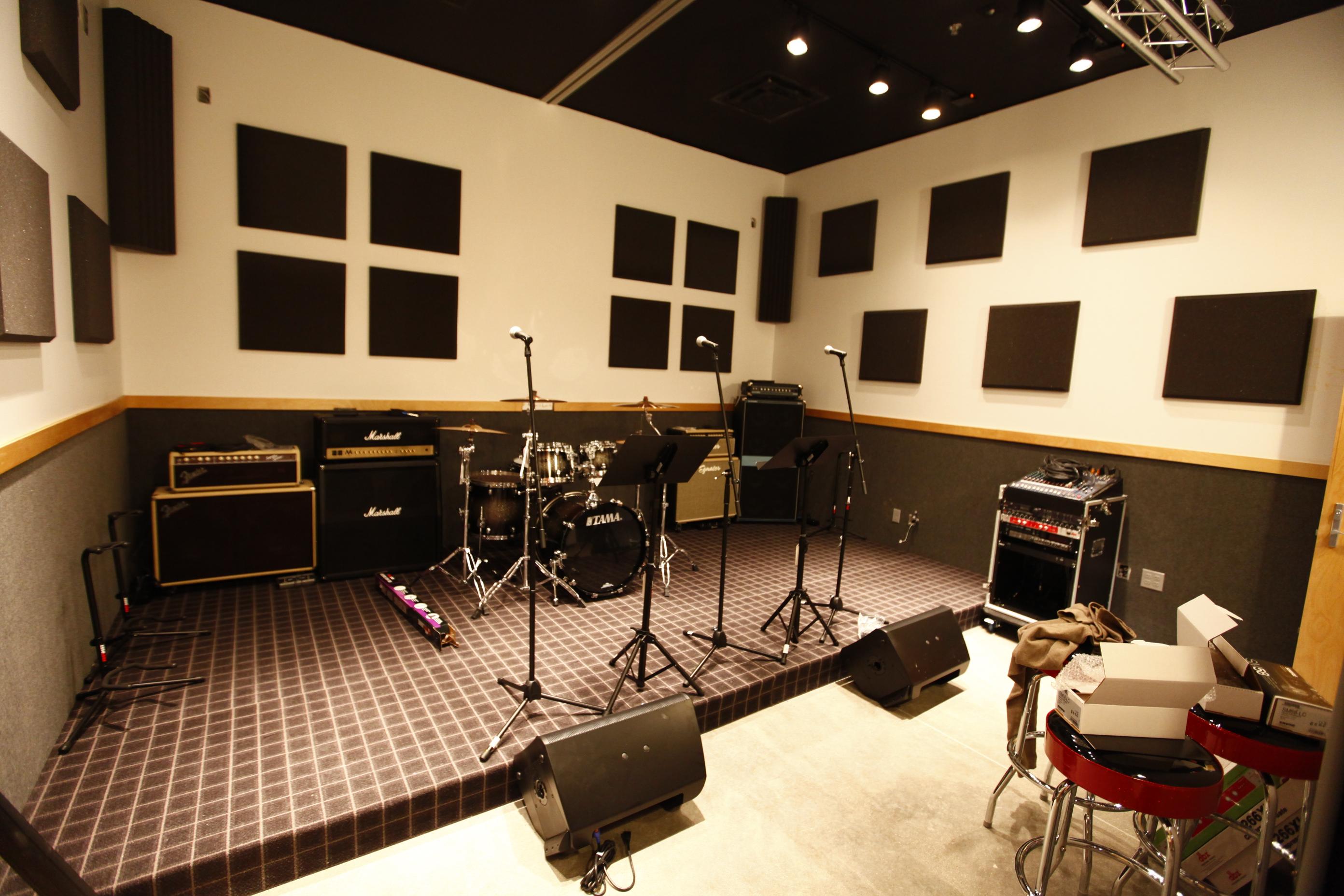 guitar center lessons louisville kentucky ky. Black Bedroom Furniture Sets. Home Design Ideas