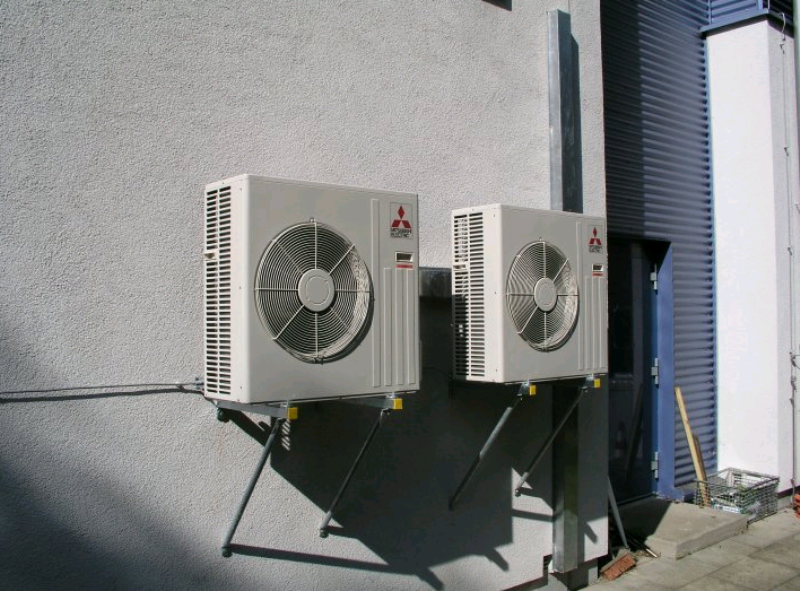 Skk manfred seitz e k inhaber bernd augsten planung for Klimaanlage wohnung montage
