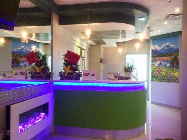 World On Yonge Dentistry