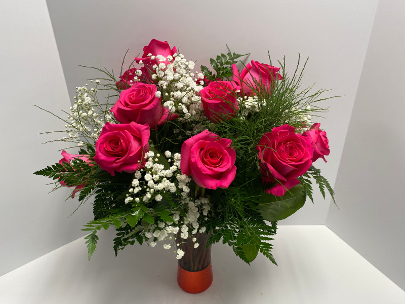 Celebrate in the best way with a great arrangement of birthday flowers!