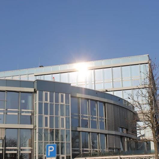 Kundenbild groß 1 TÜV Rheinland Berufskolleg für Gestaltung und Elektrotechnik