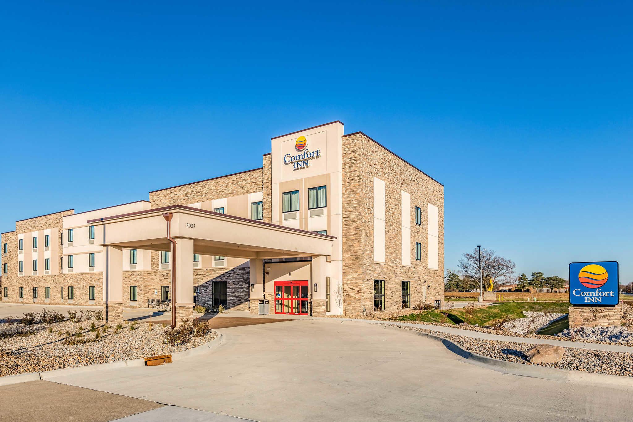 Hotels Near Prairie Meadows