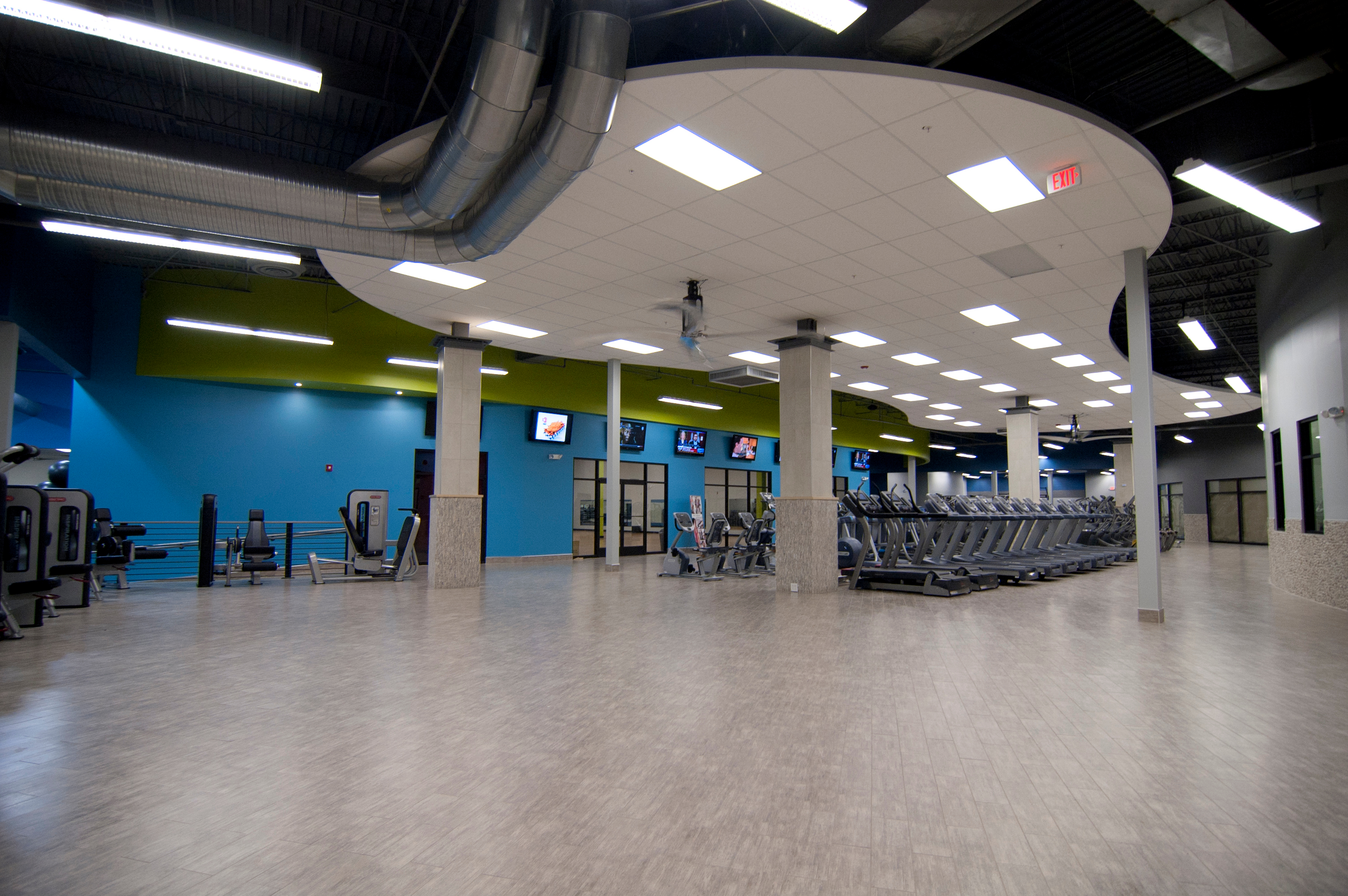 Onelife Fitness - Burke Gym in Burke, VA | Whitepages Onelife Fitness