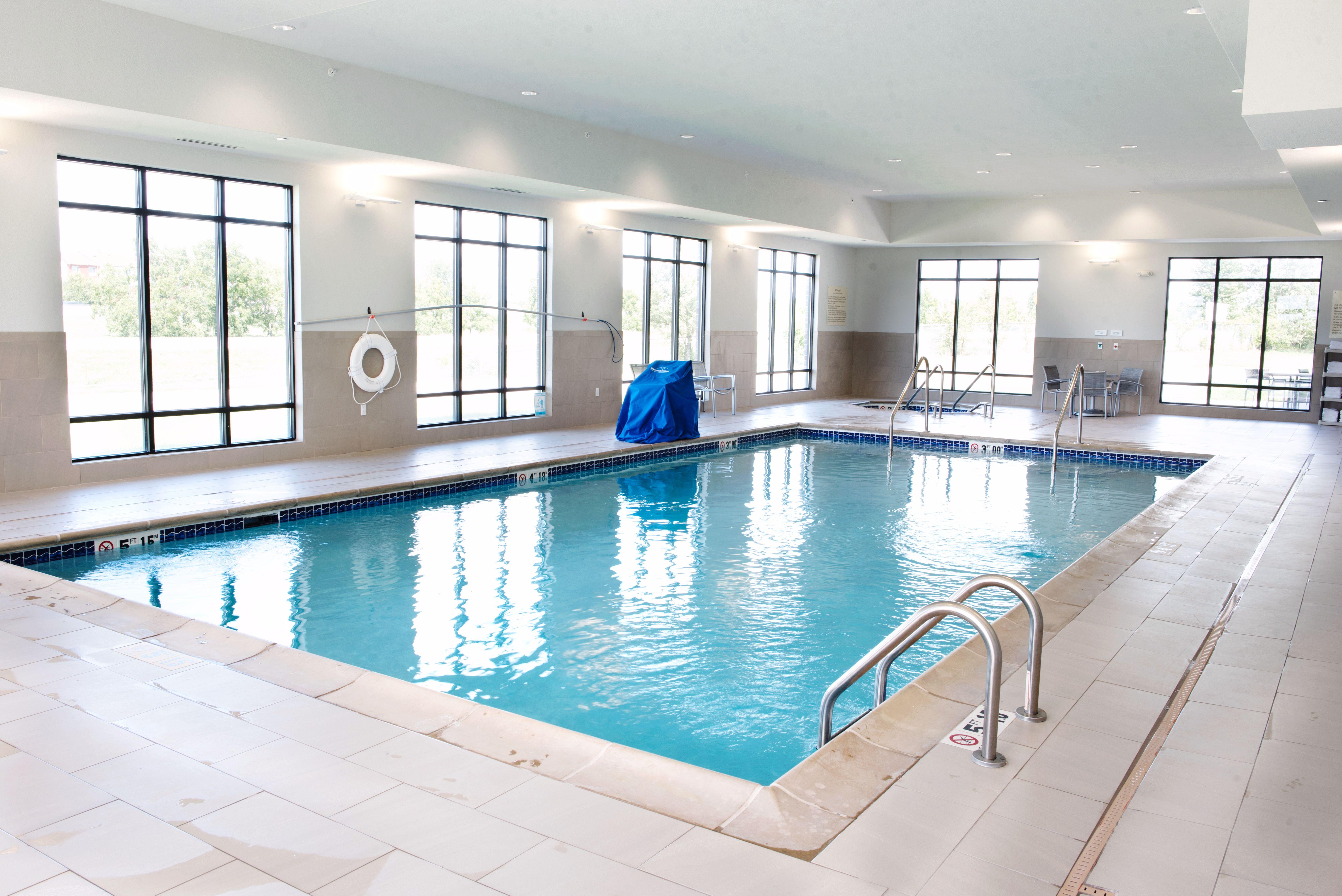Hampton Inn Suites Des Moines Urbandale Urbandale Iowa Ia