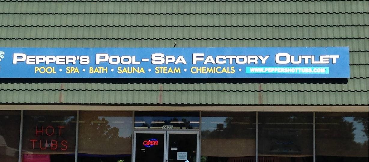 Pepper 39 S Pool Spa Factory Outlet Kansas City Missouri Mo