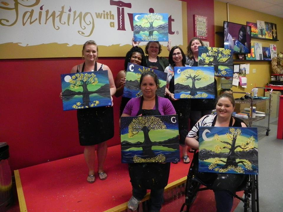 Have fun with your friends while painting and singing along to our great playlists!