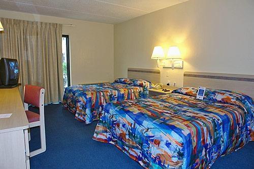 Motel 6 image 2