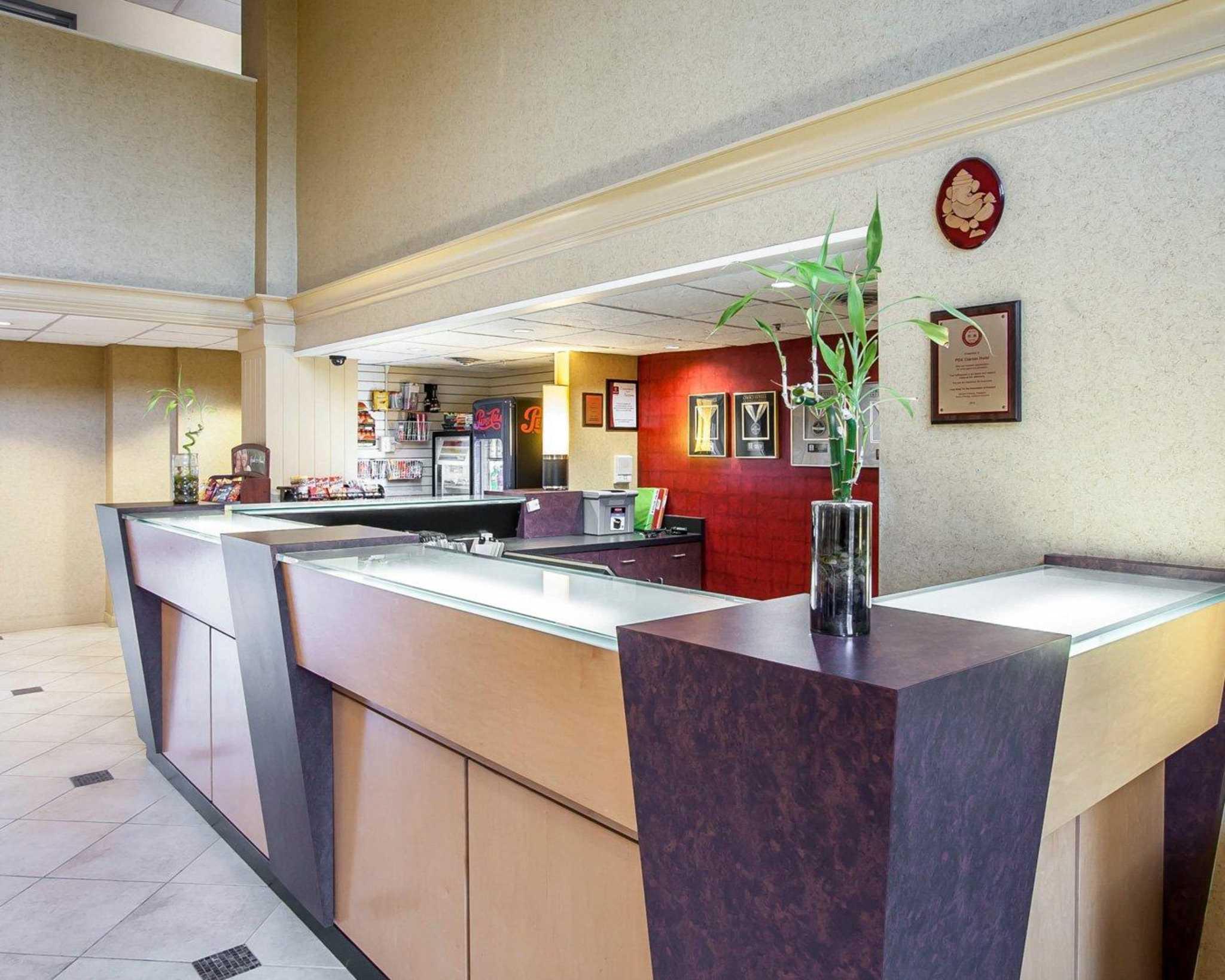 Clarion Hotel Portland International Airport Portland Or