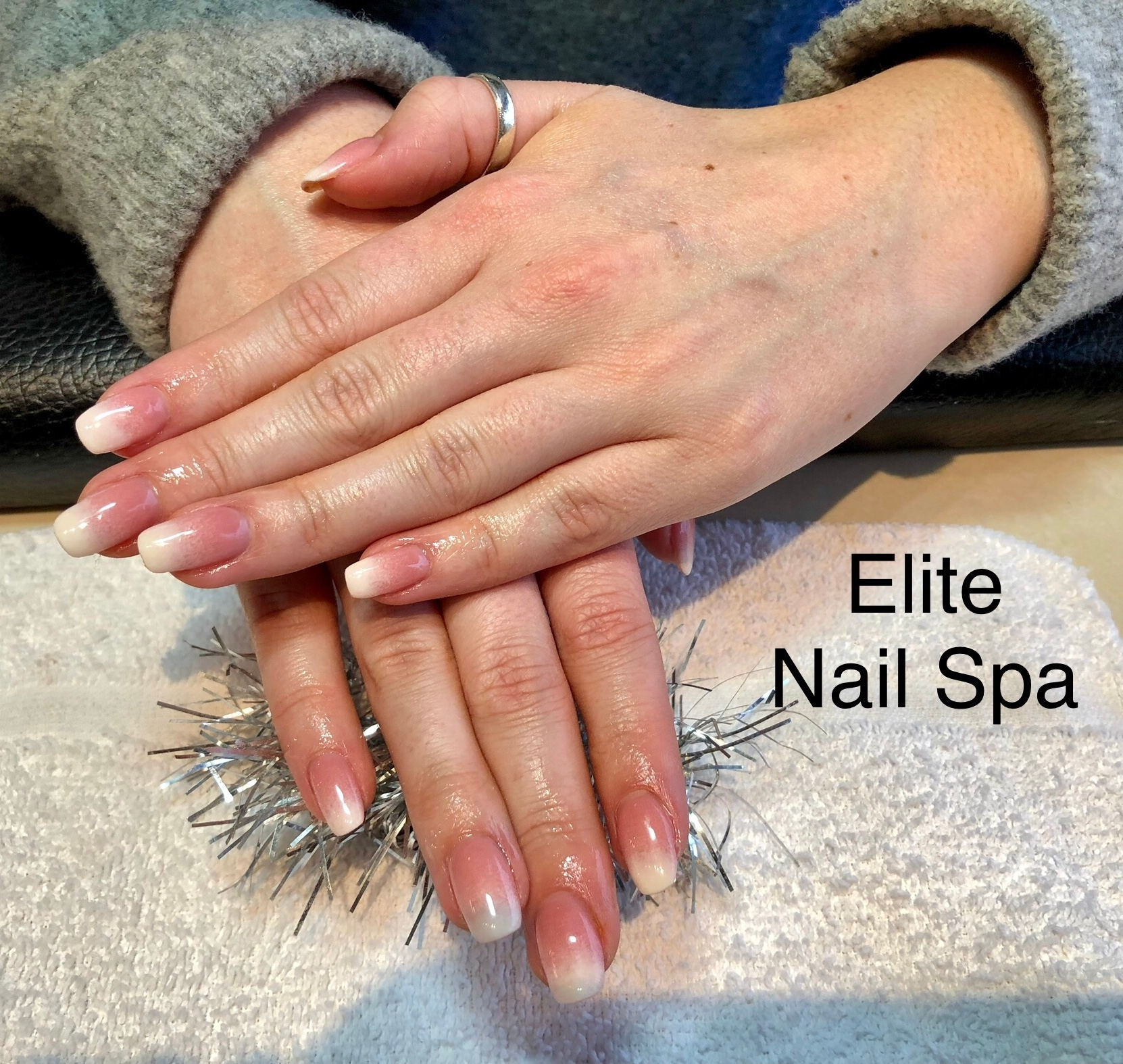 Elite Nail Spa in Whitby: French Umbre Dipping Powder by Henry.