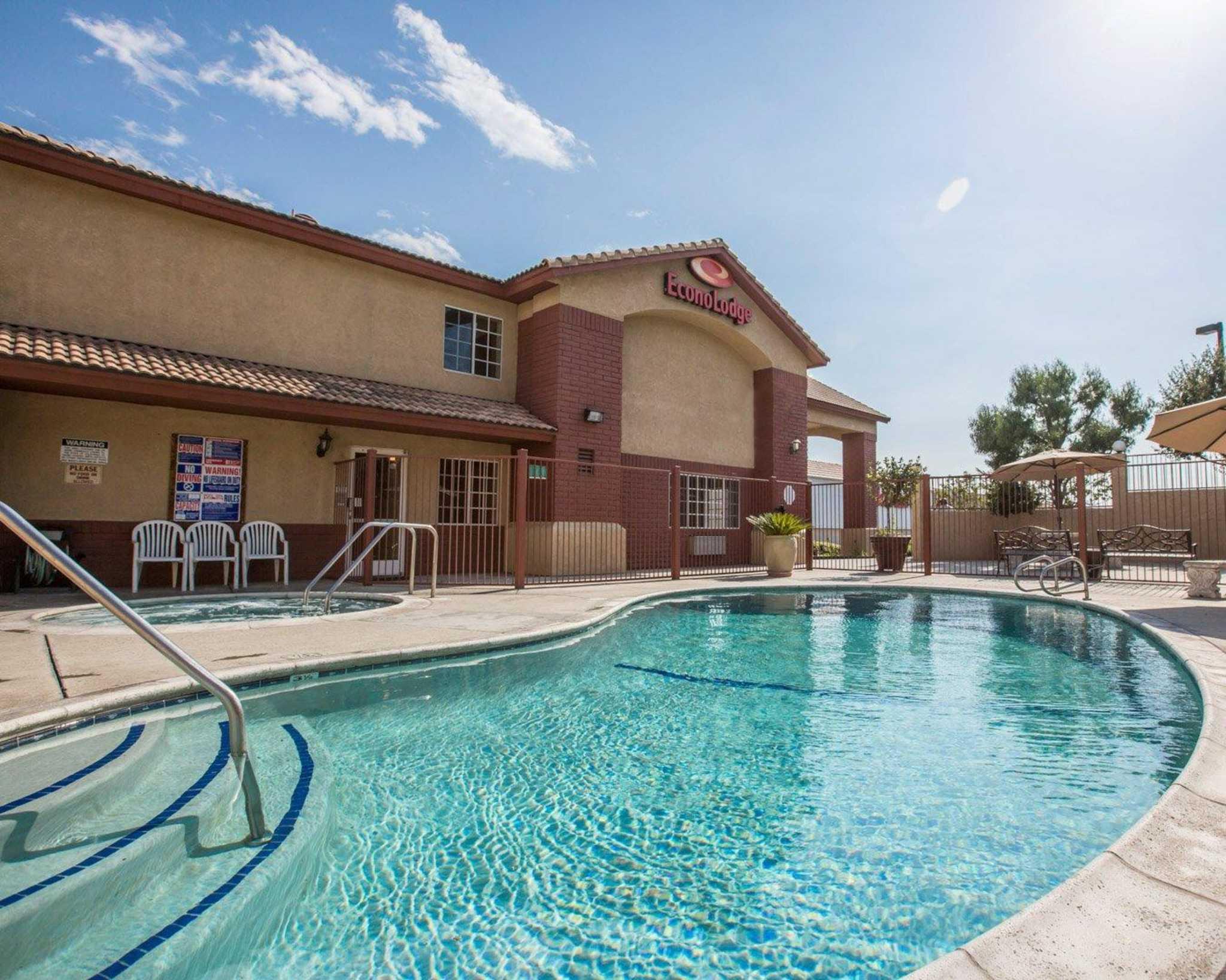 Fontana Ca Hotels Motels