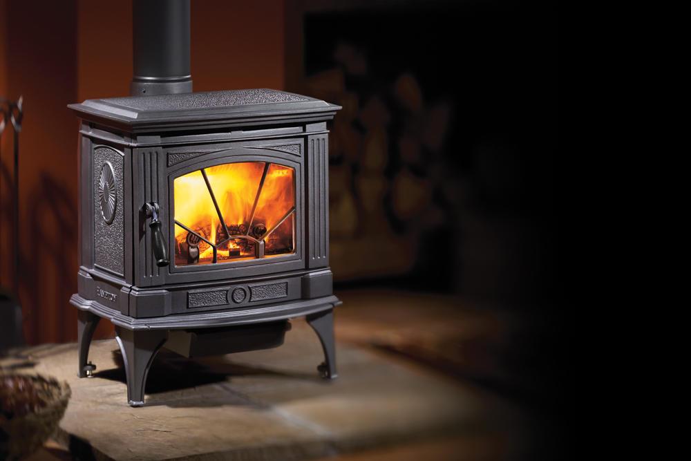 Fireplace Gallery in Edmonton: Hampton H200 Small Cast Iron Wood Burning Stove - Black