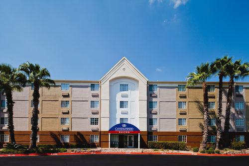Candlewood Suites San Antonio Nw Medical Center San