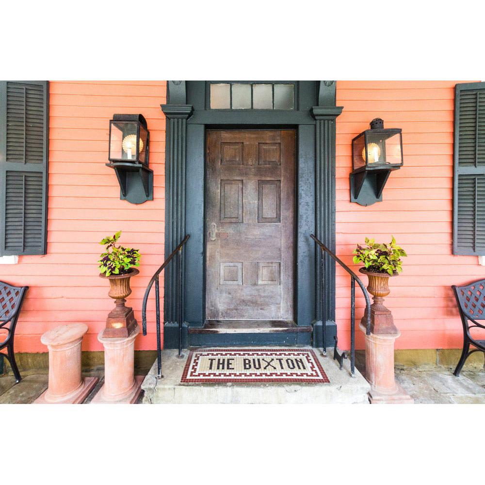 Historic Buxton Inn