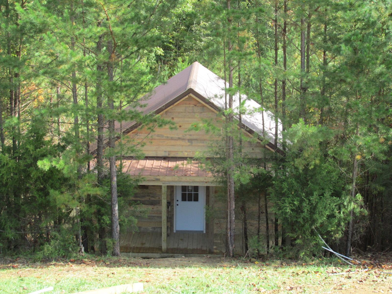 Wildcat cabin rentals in east bernstadt ky 40729 for Kentucky cabins rentals