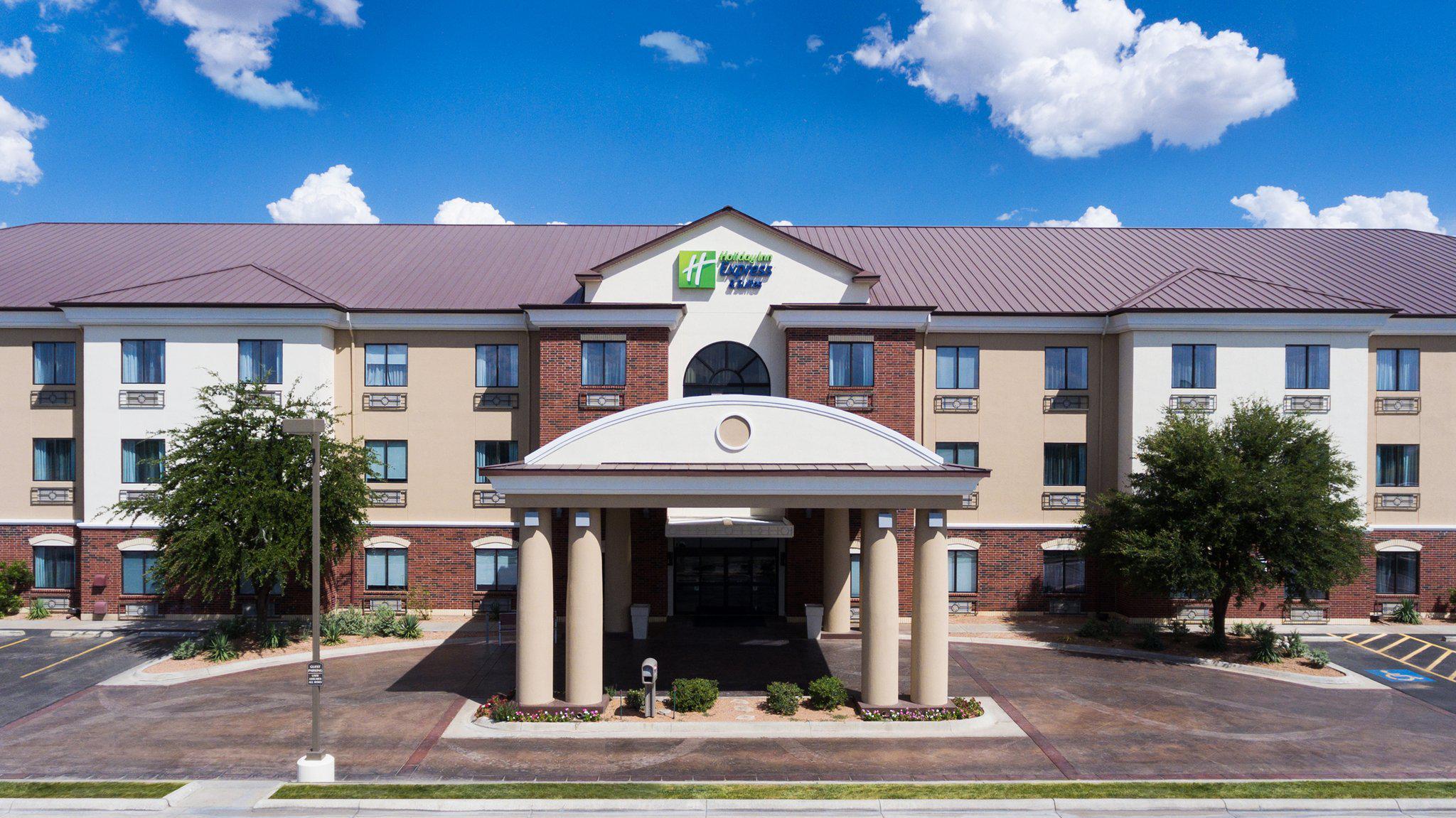 Holiday Inn Express & Suites Midland Loop 250