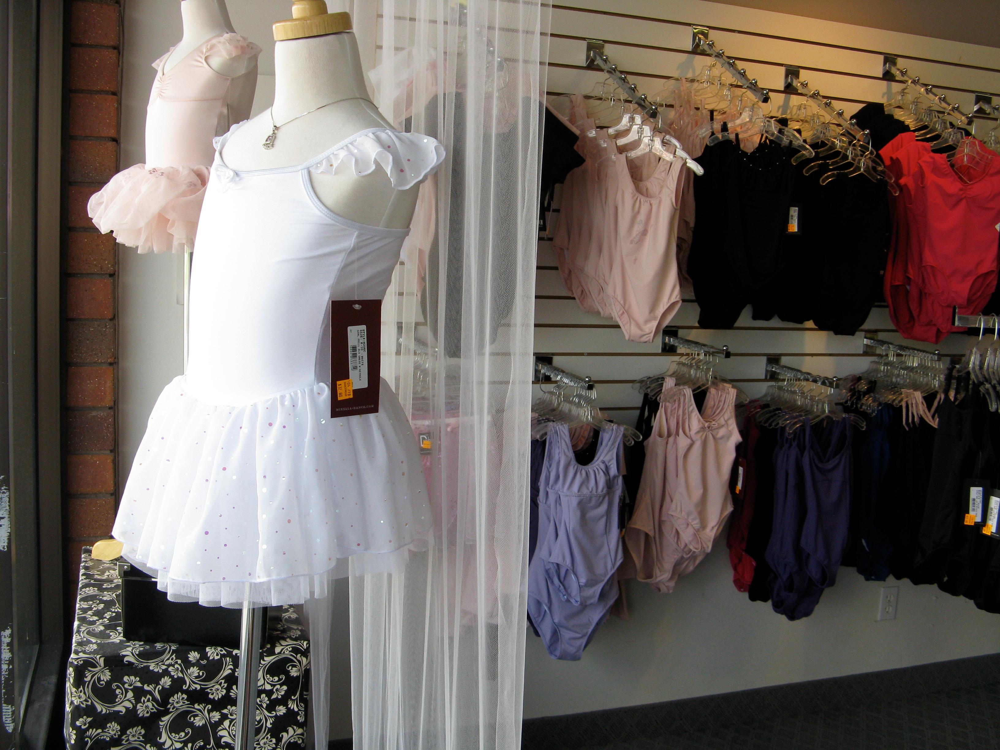 Dancewear Inc