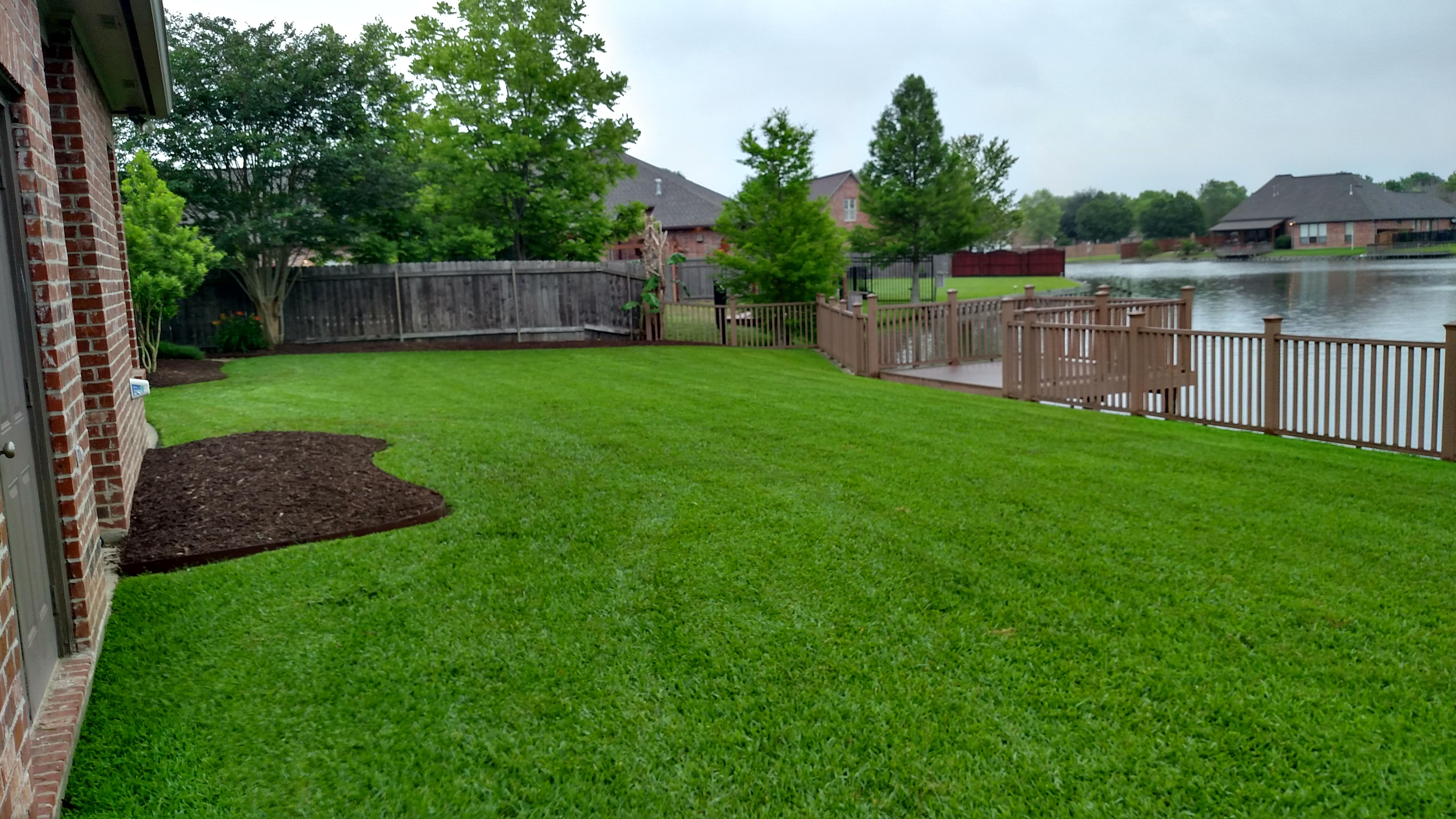 Ameriscape lawn landscape maintenance arnaudville for Local garden maintenance