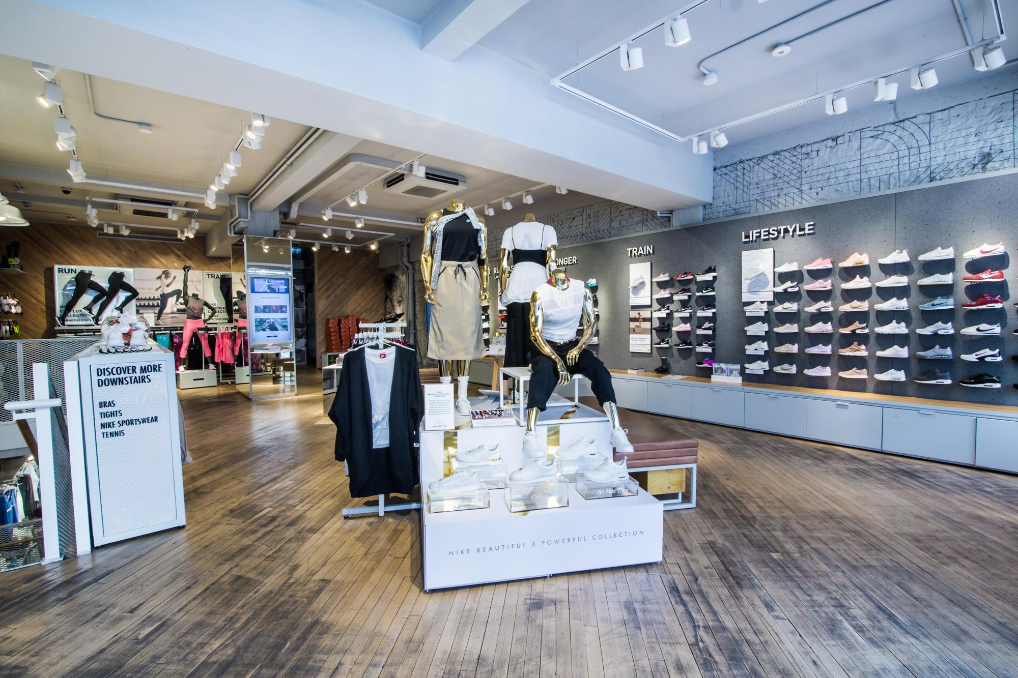 NikeWomen Kings Road