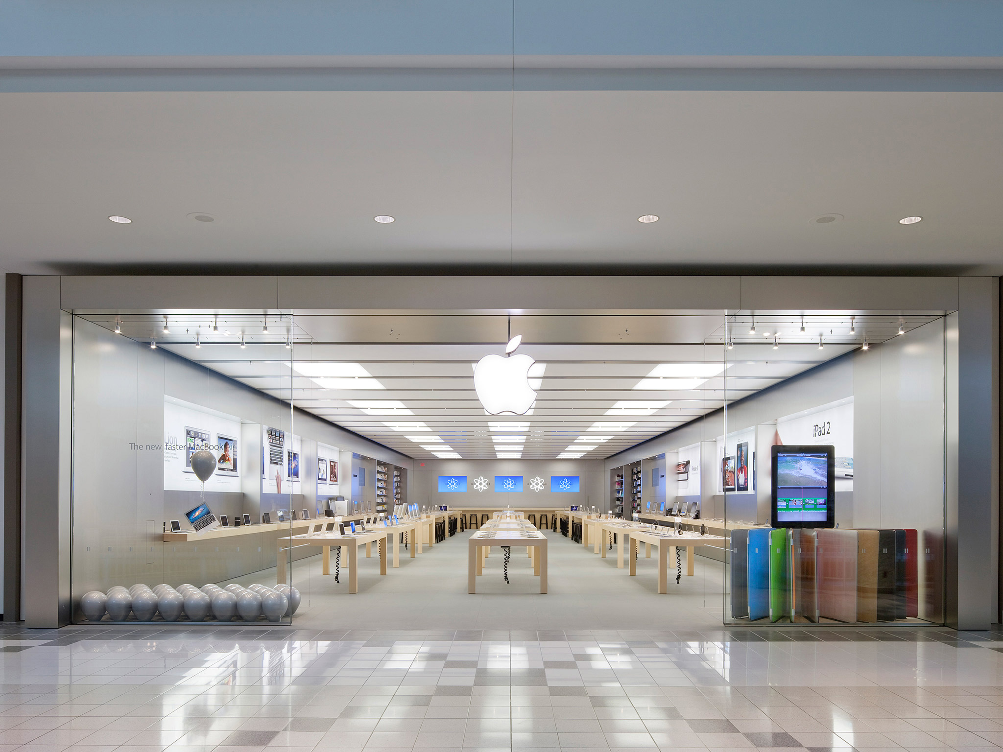 Apple Mapleview Centre - Burlington, ON L7S 2J8 - (289)288-2012 | ShowMeLocal.com