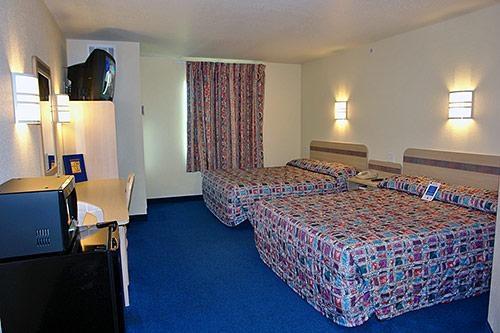 Motel 6 El Reno image 2