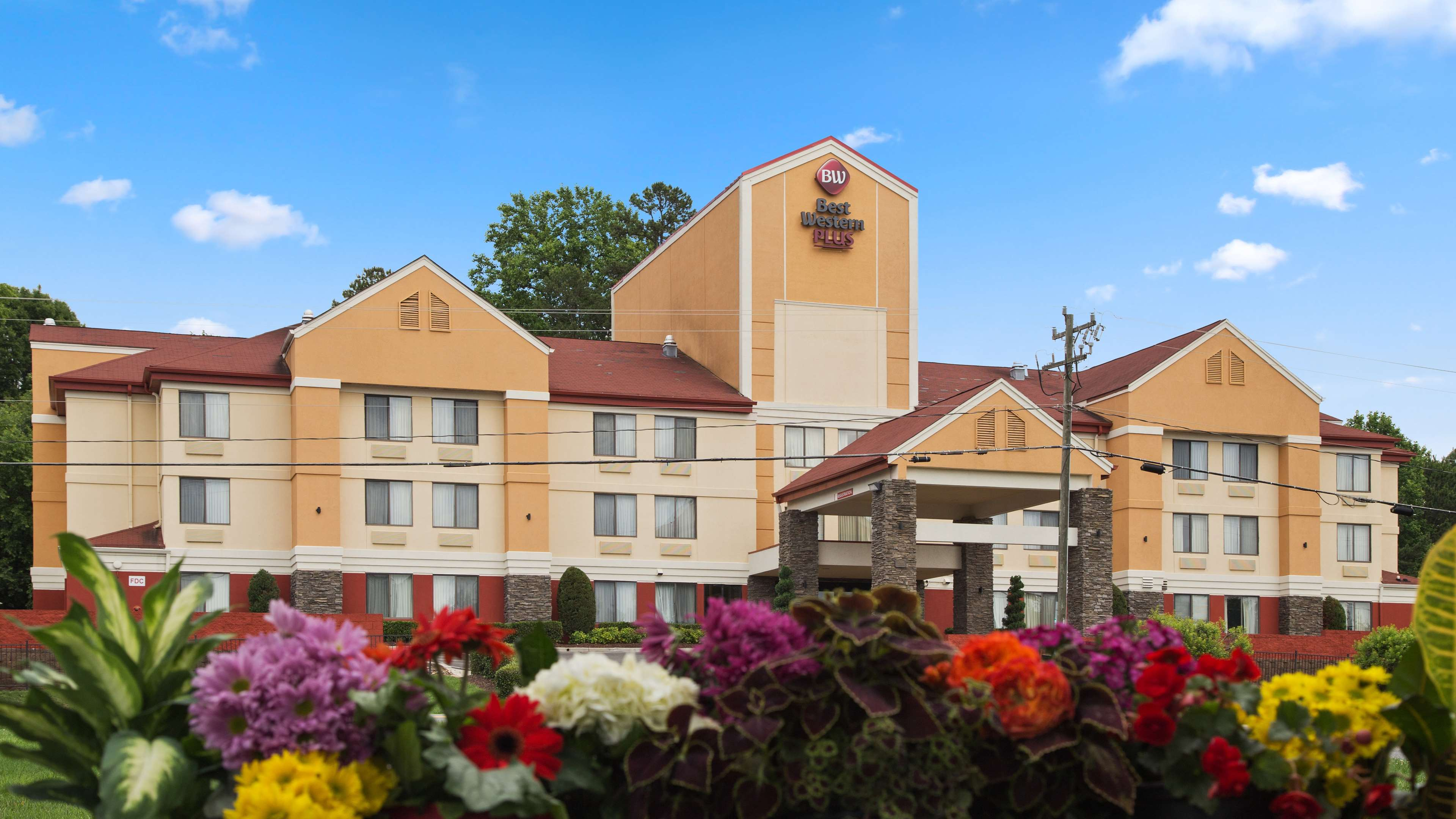 Best Western Plus Huntersville Inn Amp Suites Near Lake